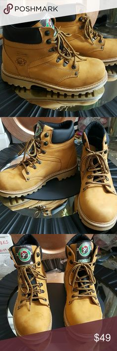 BRAND NEW REAL LEATHER MEN WINTER BOOTS BRAND NEW REAL LEATHER MEN WINTER BOOTS MADE IN COLOMBIA ... TOP QUALITY LEATHER ..   SIZE 8 Shoes Boots