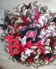 Tampa Bay Bucs Team Wreath $65 pm for orders https://www.facebook.com/media/set/?set=a.790096881061071.1073741828.788713587866067&type=3