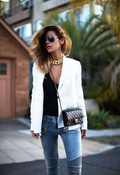 30 outfits that prove pinstripes are back - white pinstripe blazer, chanel bag + oversized gold chain necklace