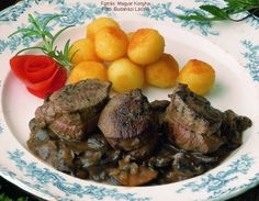 Pot Roast, Steak, Ethnic Recipes, Food, Roast Beef, Meal, Essen, Steaks