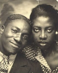 20 vintage photos of Black Couples – Valentines edition - 20 vintage photos of Black Couples – Valentines edition – LISSYS VAULT - Vintage Pictures, Old Pictures, Vintage Images, Old Photos, Vintage Magazine, Vintage Photo Booths, Photos Booth, American Photo, Vintage Couples
