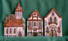 Kostel Paper Houses, Christmas Gingerbread, Sculpture Art, Big Ben, Advent Calendar, Miniatures, Holiday Decor, Home Decor, Birdhouses