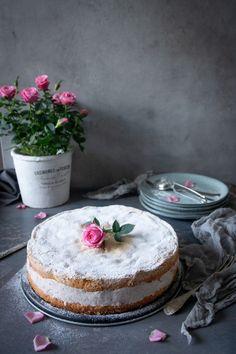 Swedish Recipes, Kitchen Art, Vanilla Cake, Bakery, Deserts, Food And Drink, Favorite Recipes, Sweets, Snacks