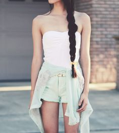 Ulzzang style beauty & fashion is so simple and pretty! <3
