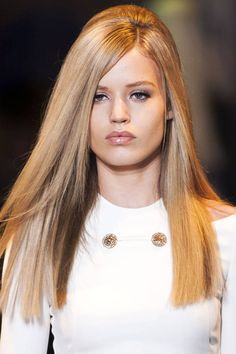 Fresh off the runway, check out the biggest beauty trends for Fall 2014.