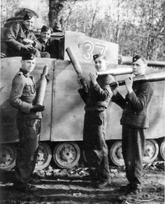 Image result for panzer 4 tank loading shells