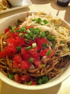 I've posted twiceabout my favorite Thai establishments. You see, that's because I strongly feel that once you try Thai food you will never everwant plain 'ol bland Chinese food again. This foolha...