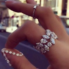 The existence of the diamond has positively impacted our society, along with others for ages. Diamond jewelry began as a luxury for many wealthy Cute Jewelry, Jewelry Rings, Jewelry Accessories, Jewelry Design, Pretty Rings, Beautiful Rings, Diamond Rings, Diamond Jewelry, Opal Rings