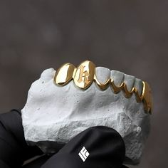 Gold Chain Men Gifts Solid Yellow Gold Bottom 8 Grill With Opened Mids Girl Grillz, Grillz For Girls, Custom Jewelry, Gold Jewelry, Luxury Jewelry, Gold Grill, Grills Teeth, Gold Teeth, Gold Chains For Men