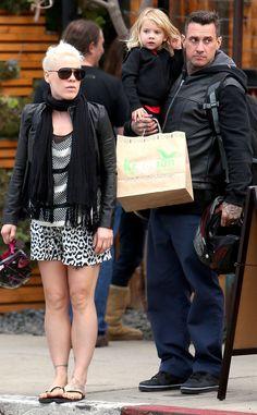 #20757 Pink, Carey Hart & Willow