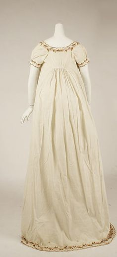 Round gown (back view) Date: ca. 1798 Culture: British Medium: cotton, wool Dimensions: Length at CB: 59 3/4 in. (151.8 cm) Accession Number: 1998.222.1