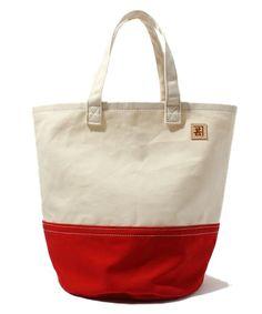 fennicaの村本テント / バケツバッグ改です。こちらの商品はBEAMS Online Shopにて通販購入可能です。