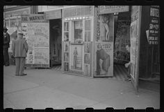 Burlesque house, S. State St, Chicago, 1941; Library of Congress OWI/FSA collection