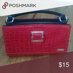 MICHE Retired Ellie Shell Red Croc Embossed MICHE Retired Ellie Shell for Classic Bag in Red Croc Embossed. Miche Other