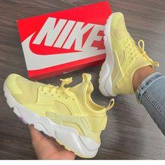 Nike huaraches yellow 💛 Wearing by Zapatillas Nike Huarache, Nike Air Huarache, Nike Huarache Women, Nike Tennisschuhe, Souliers Nike, Sneakers Fashion, Fashion Shoes, Sneaker Store, Cute Sneakers
