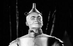 The role of the tinman was originally given to Buddy Ebsen. Who left the film after a sever allergic reaction to the make up. He spent a year in an iron lung and his role was given to Jack Haley. Buddy Ebsen recovered and later became known for his role in the television series Beverly Hillbillies as Jed Clampette. (Musical tracks for the film had already been partially recorded. If you listen to the chorus of 'We're off to see the wizard' you can still hear him)