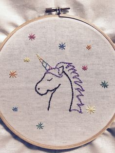 Hand Embroidery For Beginners Unicorn Hand Stitched Embroidery Hand Embroidery Stitches, Crewel Embroidery, Embroidery Hoop Art, Hand Embroidery Designs, Embroidery Techniques, Cross Stitch Embroidery, Hand Stitching, Unicorn Crafts, Needlework