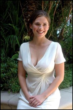 The Official: Hayley Atwell as Peggy Carter Thread. Hayley Elizabeth Atwell, Beautiful Celebrities, Beautiful Actresses, Gorgeous Women, Glamour, Pernas Sexy, Woman Crush, Celebs, Peggy Carter