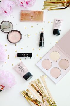 6 Highlighters That You Need In Your Make Up Bag