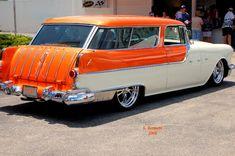 55 Pontiac Safari Wagon/More than a Dream`Sickle! Retro Cars, Vintage Cars, Antique Cars, Station Wagon Cars, Automobile, Cool Old Cars, American Classic Cars, Us Cars, Custom Cars