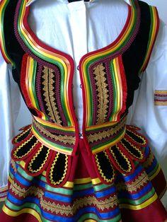Polskie stroje ludowe - oferta. Folk Clothing, Beautiful Costumes, Folk Costume, People Around The World, Doll Patterns, Dance Costumes, Costume Design, Embroidery, Womens Fashion