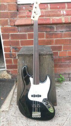 1989 Fender Jazz Fretless MIJ