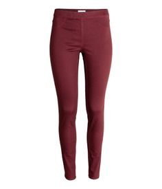 H&M Slim Fit Leggings $18 :: Treggings in superstretch twill with mock front pockets, regular back pockets, and an elasticized waistband.