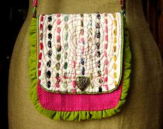 Handcrafted Purse made from Vintage Quilt от GreenLeavesBoutique