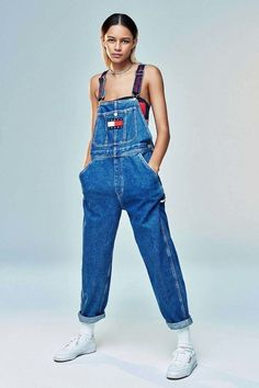 8 throwback pieces from the Tommy for Urban Outfitters collection we want, now…