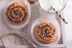 Skořicoví šneci   Apetitonline.cz Muffin, Breakfast, Desserts, Morning Coffee, Tailgate Desserts, Deserts, Muffins, Postres, Dessert