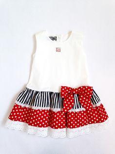 φόρεμα τσάρλεστον λευκό και κόκκινα και μπλε βολάν – annalolla.gr