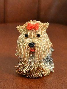 best 25 beaded animals ideas on pony bead Seed Bead Art, Seed Bead Jewelry, Seed Beads, Beaded Jewelry, Perler Beads, Beaded Crafts, Beaded Ornaments, Bead Embroidery Jewelry, Beaded Embroidery