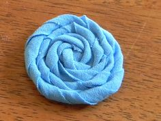 T-Shirt Rosettes - Organize and Decorate Everything