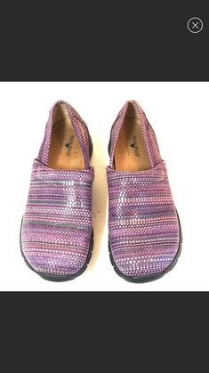 f4953e56a3d Nurse Mates Libby Purple Professional Clogs Womens Size 8 EUC  fashion   clothing  shoes