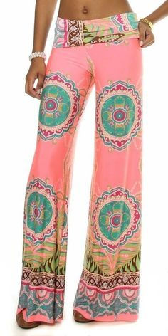 Sexy Coral Multi-Color Retro Print Palazzo Pants Wide Leg Fold Over Waist Band Look Fashion, Fashion Pants, Fashion Women, Winter Fashion, Boutique Fashion, Wide Leg Palazzo Pants, Pantalon Large, Beach Pants, Jeans Denim
