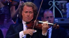 "André Rieu - My Way (Live at Radio City Music Hall, New York) - André Rieu performing Frank Sinatra's My Way. Taken from the DVD ""André Rieu - New York Memories- Live at Radio City Music Hall""."