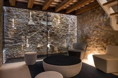An historic stone dwelling built in 1889 was rehabilitated by architect Gloria Duran Torrellas in the town of Pals, province of Girona, Spain. Tree Wall Decor, Unique Wall Decor, Rustic Decor, Wall Frame Set, Casa Hotel, Gallery Wall Frames, Interior Decorating, Interior Design, Brick And Stone