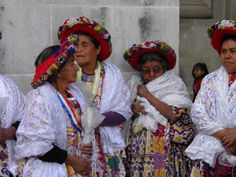 Capitanas de Quetzaltenango. Foto por Juan Carlos Zelada Quiñonez l Sólo lo mejor de Guatemala _ Quetzaltenango´s captains. Photo by Juan Carlos Zelada Quiñonez l Only the best of Guatemala