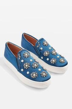 Tilt Embellished Slip On Shoes Pretty Shoes, Cute Shoes, Me Too Shoes, Slip On Sneakers, Slip On Shoes, White Slip On Vans, Shoes World, Painted Shoes, Dream Shoes