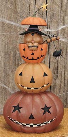 Cat in Pumpkin Stack Figurine - Halloween Folk Art & Collectibles – Williraye Studio $27.50