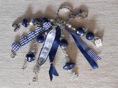 Porte Clés RubanCoeur Marine Blanc Perles et Breloques : Porte clés par plaisir-unique-nathalie-b