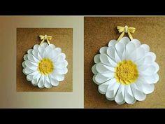 Door / wall hanging from diagram paper Summer special kids just tinker Newspaper Crafts, Paper Crafts For Kids, Easy Crafts For Kids, Diy Paper, Diy Crafts, Paper Flower Art, Easy Paper Flowers, Flower Crafts, Flower Diy