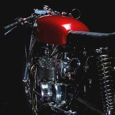 Honda 350 Cafe Brat | Rastreador