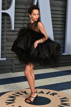Zoe Kravitz attends the 2018 Vanity Fair Oscar Party hosted by Radhika Jones at Wallis Annenberg Center for the Performing Arts on March 2018 in Beverly Hills, California. Zoe Kravitz, Salma Hayek, Emily Ratajkowski, Jennifer Lawrence, Celebrity Red Carpet, Celebrity Style, Gq, Star Fashion, Fashion Models