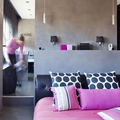 Suite parentale Bathroom Spa, Next At Home, Deco, Home Bedroom, My Dream Home, New Homes, Throw Pillows, Boat House, Lofts