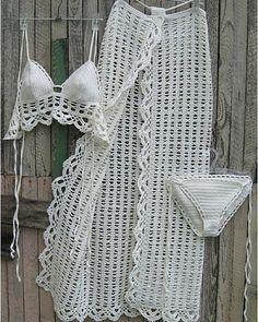 crochet Sarong Crochet Pareo B Beach Crochet, Bikinis Crochet, Crochet Baby, Knit Crochet, Crochet Clothes, Diy Clothes, Crochet Lingerie, Mode Crochet, Crochet Fashion