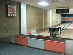 While I was pleased to see that the interior still had that retro bowling look and feel and I knew it would make a good fit on the Retro Roadmap, it never occurred to me to spend more than a few moments at the bowling alley.