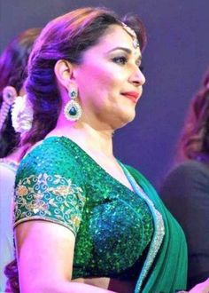 Top 10 Bollywood Actress, Bollywood Girls, Beautiful Bollywood Actress, Bollywood Songs, Beautiful Girl Indian, Most Beautiful Indian Actress, Indian Actress Hot Pics, Indian Actresses, Madhuri Dixit Saree