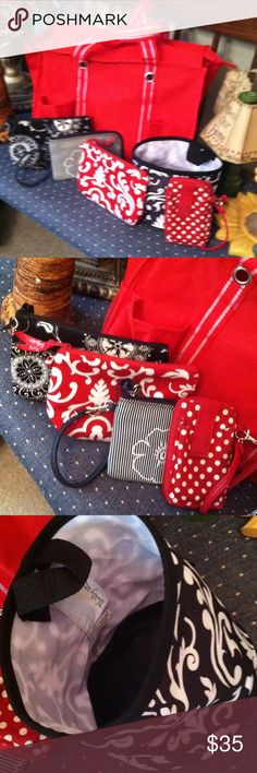 Thirty one 6 pcs Awesome lot. Zipper tote  cosmetic bags wristlet and organizer bag thirty one Bags Totes