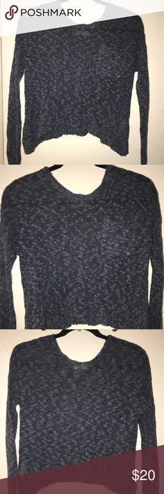 NWOT Hollister Cropped Sweater Long sleeve casual style. In great condition. Has a pocket in front for some detail. Super cute on and goes well with jeans and a pair of cute boots! Hollister Sweaters Crew & Scoop Necks